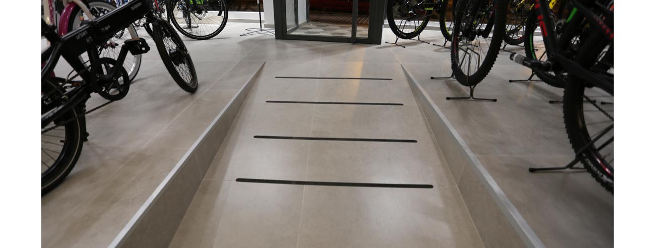NuestProyec-EdifcNoResid-2-Tienda-bicicletas-Santa-Pola-III