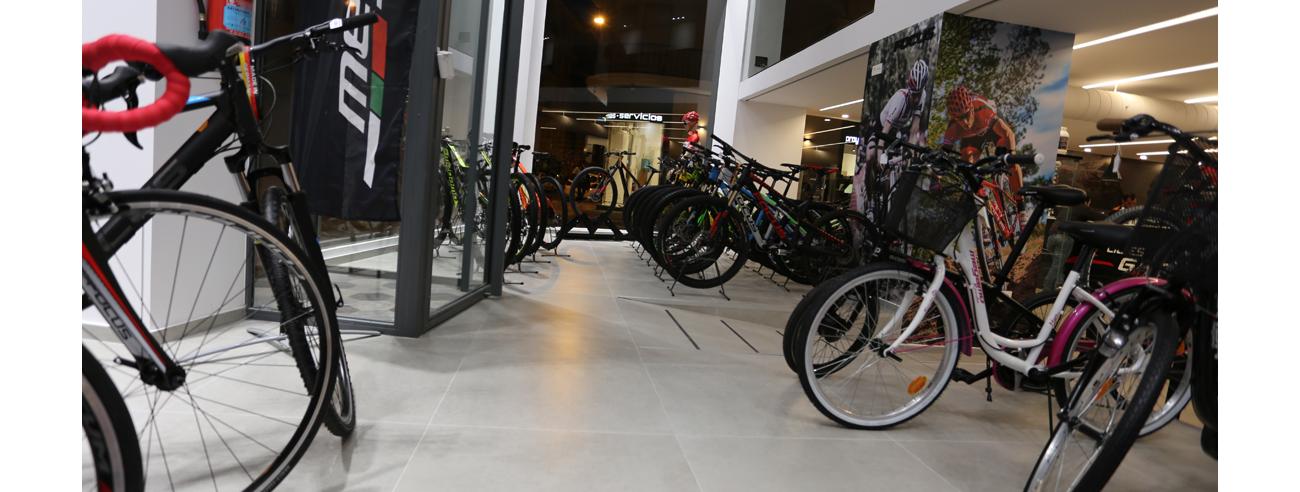 NuestProyec-EdifcNoResid-3-Tienda-bicicletas-Santa-Pola-IV