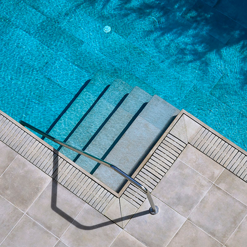 pavimento cerámico porcelánico para exteriores y piscina Rosagres Boheme Glace | Terrapilar Cartagena