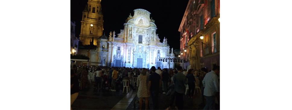 catedral-iluminada